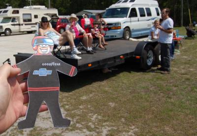 Flat Stanley watches races